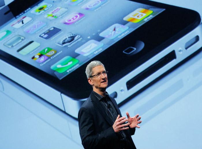 Tim Cook no lançamento iphone 4s