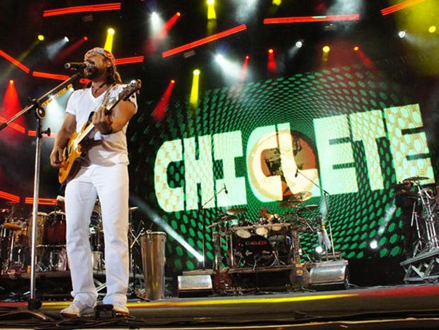 chiclete com banana 2012
