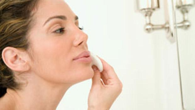 limpeza da pele para maquiagem
