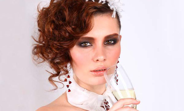 cores-reveillon-branco-mulher